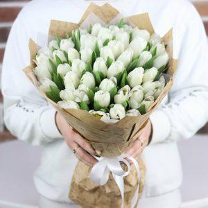 Букет 49 белых тюльпанов — Букеты цветов