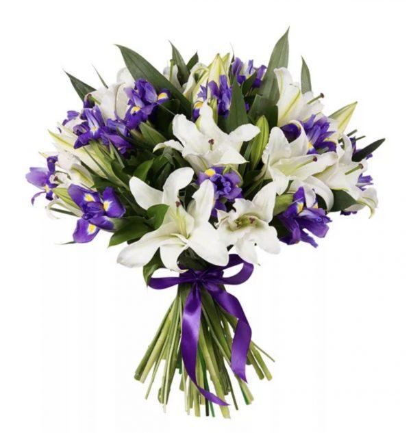 Яркий букет из ирисов и лилий — Букеты цветов