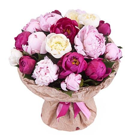 Розовый букет из 19 пионов