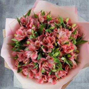 Букет из розовых альстромерий — Альстромерии