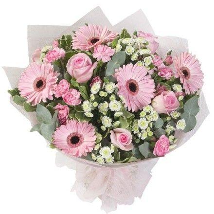 Букет из гербер, роз и гвоздик