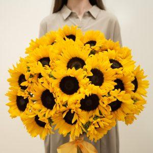 Букет из 51 подсолнуха — Букеты цветов