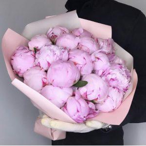 Букет из 19 пионов — Букеты цветов