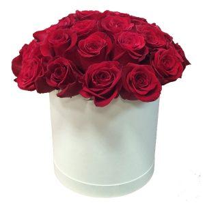 15 роз в шляпной коробке — Композиции