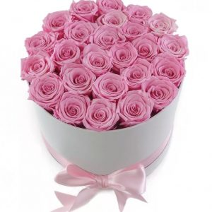 Розовый букет в коробке