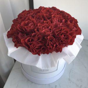 """Розы """"Эль Торо"""" в шляпной коробке"""