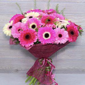 Букет из 19 розовых гербер