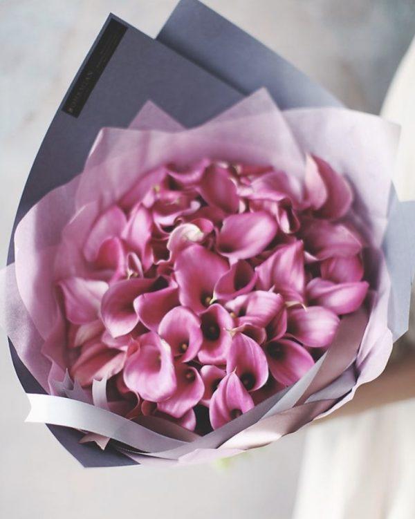 Букет 35 розовых калл