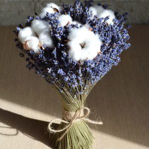 Букет из свежей лаванды с хлопком — Букеты цветов