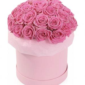 35 розовых роз в коробке — Композиции
