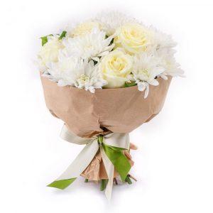 Букет из хризантем и роз «Рафаэлка» — Букеты цветов