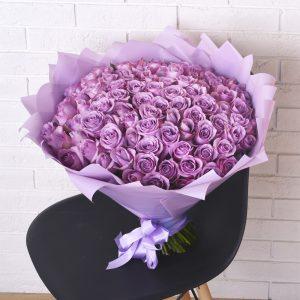 Букет из 101 сиреневой розы — Букеты цветов