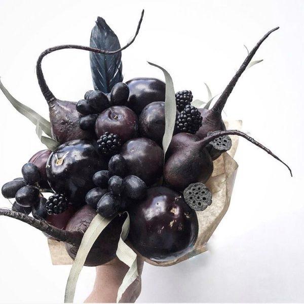 Ягодно-овощной букет «Дракула» — Съедобные букеты