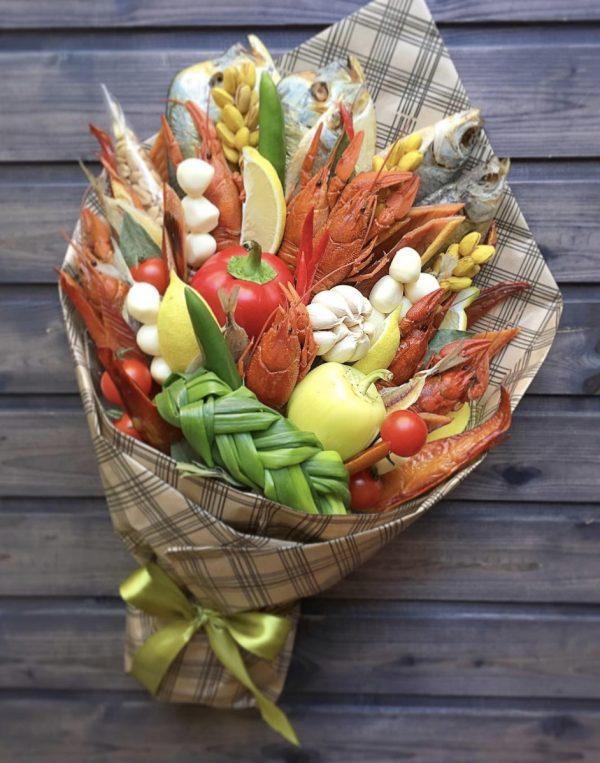 Букет из овощей и морепродуктов