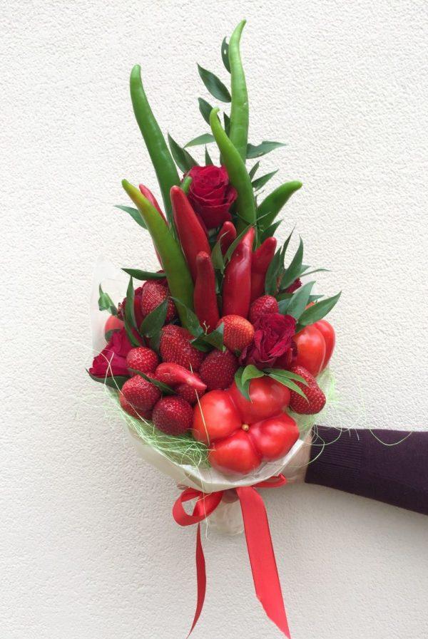 Ягодно-овощной букет «Принц» — Акции и скидки