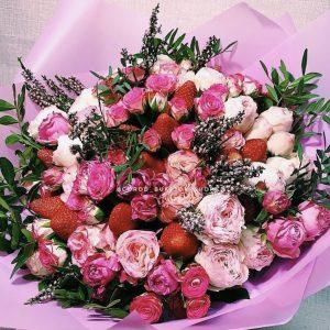 Арт букет из роз и клубники — Акции и скидки