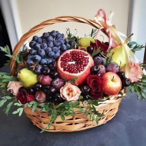 Большая корзина с фруктами — Акции и скидки