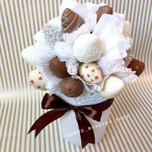 «Белль» из клубники в шоколаде