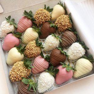Набор из клубники в шоколаде