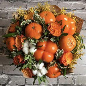 Оранжевый весенний букет — Акции и скидки