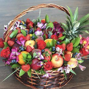 Фруктово-ягодная корзина
