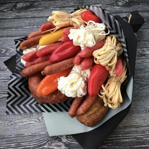 Мужской букет из колбасы и сыра — Букеты из колбасы для мужчин