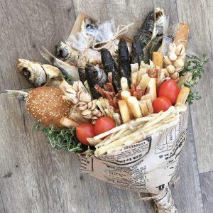 Мужской букет микс из рыбы и солений