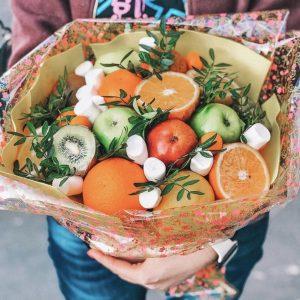 Букет из яблок и апельсинов — Акции и скидки