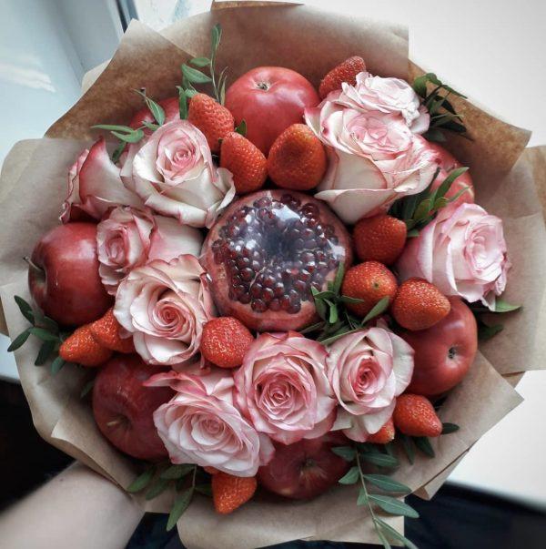Букет из яблок и роз — Акции и скидки