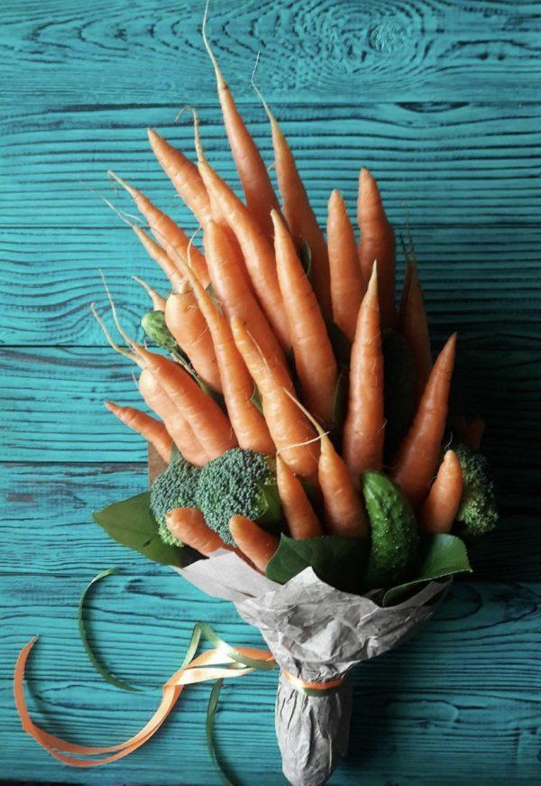 Букет из моркови
