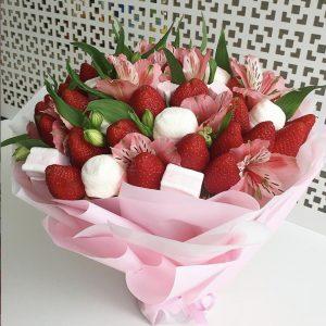 Букет из клубники и цветов — Букеты из клубники