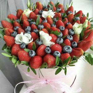 Коробка с ягодами «Сицилия» — Композиции