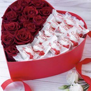 Сердце из роз и рафаэлло — Композиции