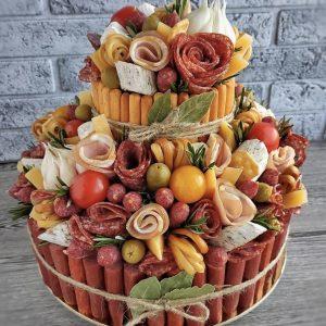 Мясной торт «Прага» — Мужские букеты