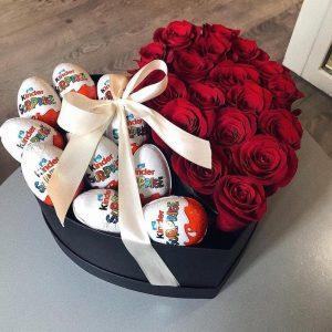 Сердце из роз и сладостей — Композиции