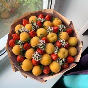Букет из абрикосов — Съедобные букеты