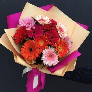 Букет из 13 гербер — Букеты цветов