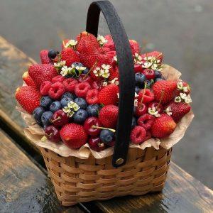 Корзина с ягодами №2 — Акции и скидки