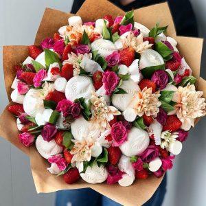 Сладкий букет с цветами — Детские букеты