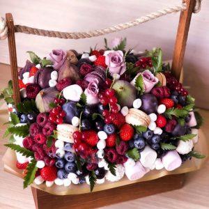 Ящик с ягодами «Свидание» — Съедобные букеты