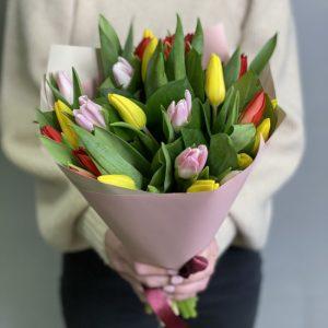 Букет из 25 тюльпанов — Букеты цветов