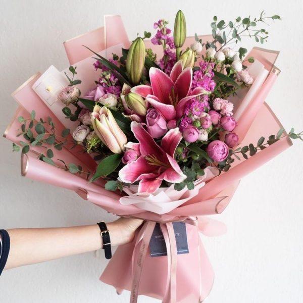Букет из лилий и роз — Букеты цветов